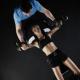 Pridružite se fitness vežbama u dnevnoj sobi